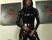 Shemale in Latex